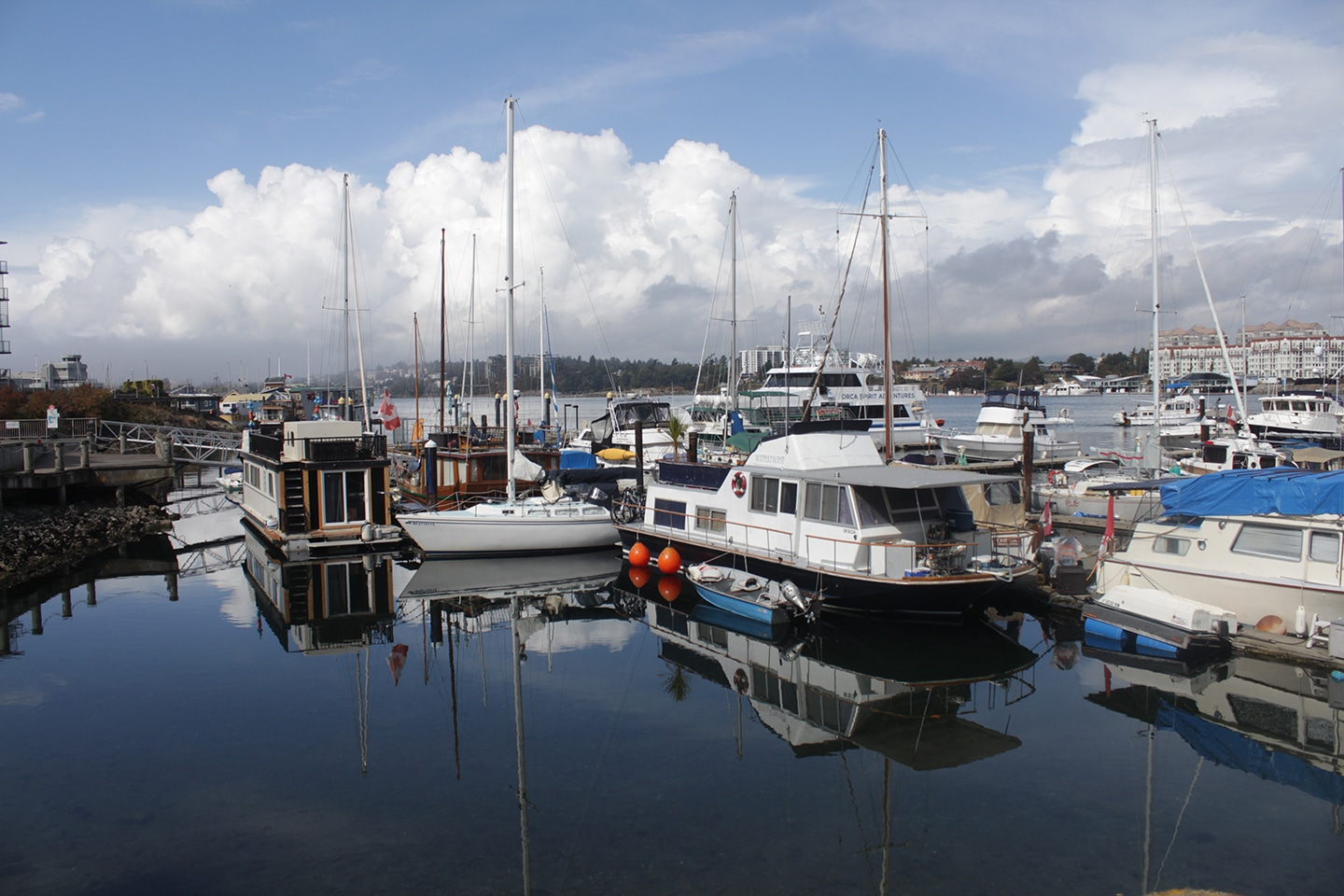 Factors to consider when choosing a boat insurance policy